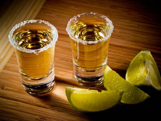 Waarom zou in de tequila?